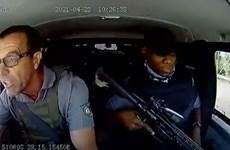 Góc nhìn mới lạ từ vụ lái xe chở tiền chống cướp có súng ở Nam Phi