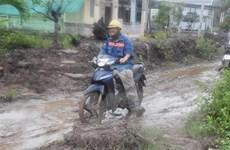 Sóc Trăng: Người dân khổ sở vì đường thi công chậm, dở dang