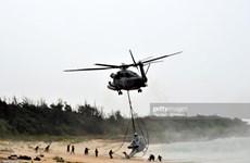 Trực thăng quân sự Mỹ hạ cánh khẩn cấp trên đảo Okinawa của Nhật Bản