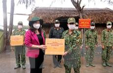 Phó Chủ tịch nước thăm lực lượng chống dịch ở biên giới Tây Nam