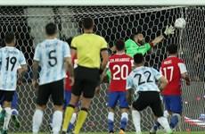Copa America 2021: Lionel Messi lập công, Argentina bị Chile cầm hòa
