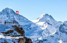 Máy bay rơi trên núi ở miền Đông Thụy Sĩ, 5 người thiệt mạng