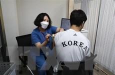 Hàn Quốc đạt mục tiêu tiêm chủng vaccine COVID-19 sớm hơn dự kiến