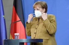 Thủ tướng Đức Angela Merkel tiêm hai loại vaccine COVID-19 khác nhau