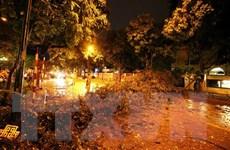 Các địa phương có thể có mưa dông về đêm, ngày tiếp tục nắng nóng