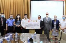 Bộ Y tế tiếp nhận hỗ trợ 190.000 kit xét nghiệm COVID-19 từ Đức