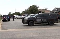 Mỹ: Vây bắt nghi phạm cố thủ trong nhà, nhiều cảnh sát thương vong