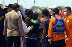 Mưa bão đánh chìm 14 tàu, thuyền ở Indonesia, nhiều người thiệt mạng