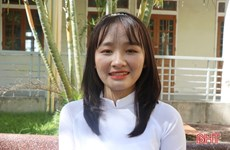 Nữ thủ khoa khối B với số điểm tuyệt đối ở Hà Tĩnh ước mơ làm bác sỹ