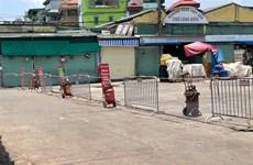 Phát hiện ca dương tính với SARS-CoV-2, Hà Nội phong tỏa chợ Long Biên