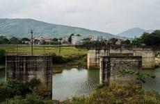 [Video] Câu chuyện về cây cầu xây 11 năm vẫn chưa xong ở Thanh Hóa