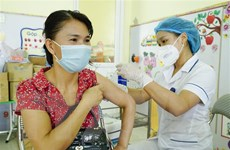 Vẫn còn một số đơn vị chậm trễ trong tiêm vaccine phòng COVID-19