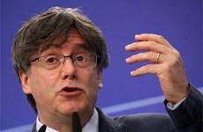 Cựu Thủ hiến vùng Catalonia Carles Puigdemont bị bắt giữ