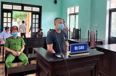 Phạt tù đối tượng chống người thi hành công vụ tại chốt kiểm soát dịch