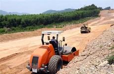 Gỡ vướng về nguồn vật liệu thi công Dự án cao tốc Bắc-Nam phía Đông