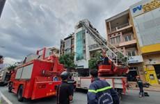 Cháy nhà 5 tầng cho thuê trọ ở TP.HCM, nhiều người thoát nạn