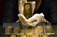Giá vàng trên thị trường thế giới đi xuống trong phiên 26/10