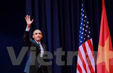 Những bức ảnh ấn tượng về Tổng thống Obama trong 3 ngày ở Việt Nam