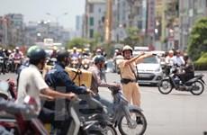 Thực hư vụ dân ngã vào dải phân cách khi cảnh sát giao thông chặn bắt