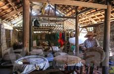 Tham quan làng nước mắm thủ công truyền thống ở Tam Thanh