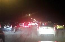 Hàng chục ngàn ôtô ùn tắc trên cao tốc Pháp Vân - Cầu Giẽ
