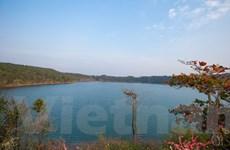 Ngắm Biển Hồ Pleiku, hòn ngọc xanh giữa lòng Tây Nguyên nắng gió
