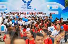 Hàng ngàn bạn trẻ đi bộ đồng hành nhân ngày Sở hữu trí tuệ thế giới