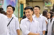 Gần 1 triệu thí sinh đi làm thủ tục kỳ thi THPT Quốc gia 2018