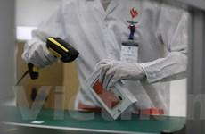 'Soi' nhà máy sản xuất smartphone của tỷ phú Phạm Nhật Vượng