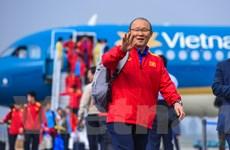 Tuyển Việt Nam về nước trong sự chào đón cuồng nhiệt của người hâm mộ