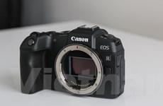 'Trên tay' EOS RP - Máy ảnh không gương lật mới nhất của Canon