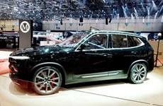 VinFast bất ngờ ra mắt SUV Lux V8 bản đặc biệt 'ngầu' tại Thụy Sỹ