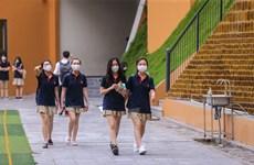 Học sinh háo hức trở lại trường học sau thời gian dài nghỉ do COVID-19