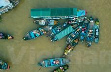 Bình minh chợ nổi Cái Răng - Địa điểm du lịch thú vị miền Tây Nam Bộ