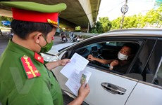 Liên ngành căng mình kiểm soát phương tiện ra vào cửa ngõ Thủ đô