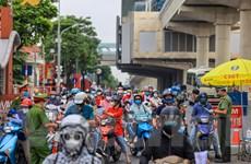 [Photo] Ghi nhận ngày đầu 39 chốt kiểm soát giao thông vào vùng đỏ