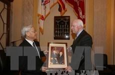 Ông John McCain ra tuyên bố chào mừng Tổng Bí thư Nguyễn Phú Trọng