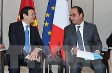 Chủ tịch nước Trương Tấn Sang gặp Tổng thống Pháp tại New York
