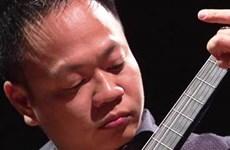Nghệ sỹ Lê Hoàng Minh về nước biểu diễn độc tấu guitar cổ điển