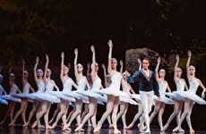 Việt Tú bộc bạch về bài toán sân khấu biểu diễn ballet ở Việt Nam