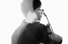 "Hoàng Rob ra mắt concept album và liveconcert ""Hừng đông"""