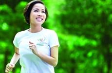 Diva Mỹ Linh chạy bộ vì trẻ em nghèo mắc bệnh tim bẩm sinh