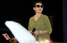 Danh ca Khánh Ly song ca với Hồng Nhung trong đêm nhạc ngày 8/3