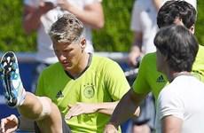 Bán kết Pháp-Đức: Đội trưởng Bastian Schweinsteiger đá chính