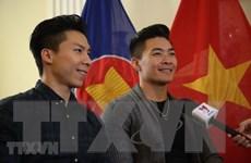 [Video] Quốc Cơ và Quốc Nghiệp - Niềm cảm hứng Việt Nam tại Anh