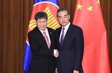 Trung Quốc và ASEAN hướng tới cộng đồng gắn bó chặt chẽ hơn