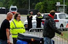 [Video] Hà Lan bắt giữ thủ phạm lái xe tải đâm vào đám đông