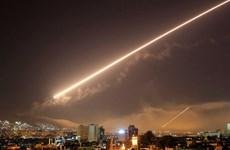 Lực lượng phòng không Syria đánh chặn tên lửa Israel