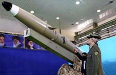Iran công bố tên lửa đạn đạo tầm ngắn thế hệ mới Fateh Mobin