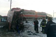 Tai nạn tàu hỏa và xe buýt gây thương vong tại Serbia và Pháp
